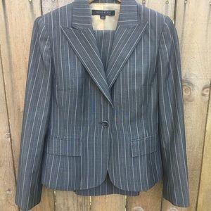 Anne Klein Wool Blend Suit Grey Pinstripe sz 4